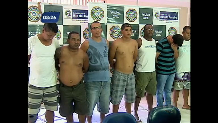 Polícia prende grupo de milicianos integrado por policiais que agia ...