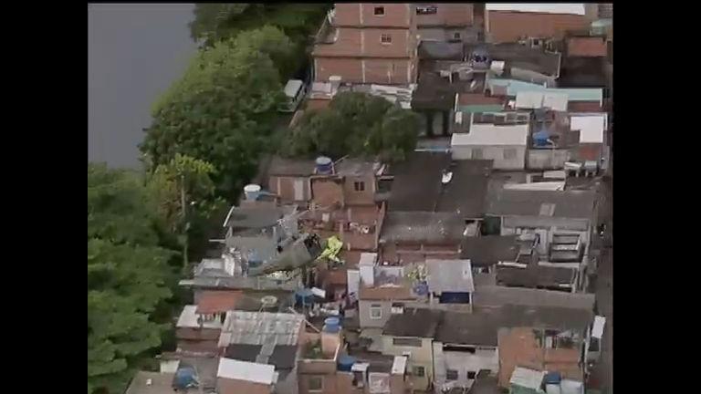 Polícia ocupa comunidades cariocas conhecidas como Faixa de Gaza