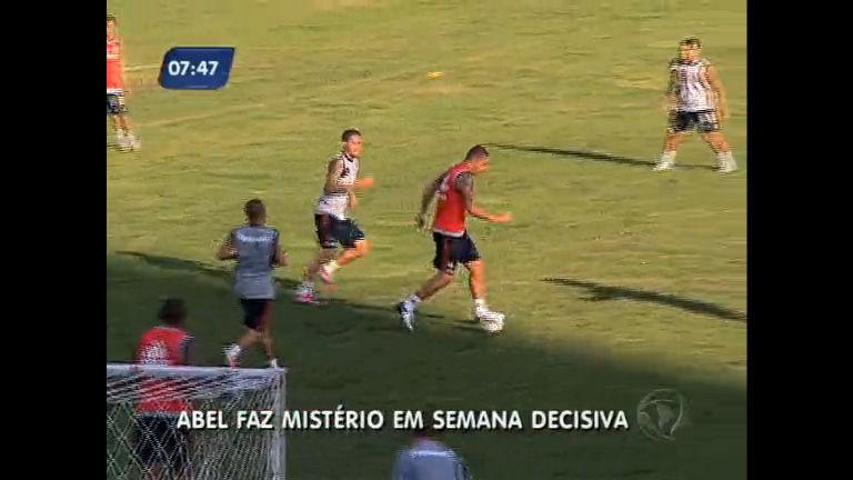 Abel Braga faz mistério em treino mesmo com a tranquila situação ...