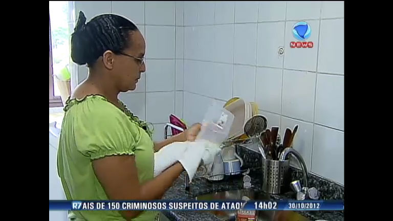 NBlogs discute direitos da empregada doméstica - Rede Record