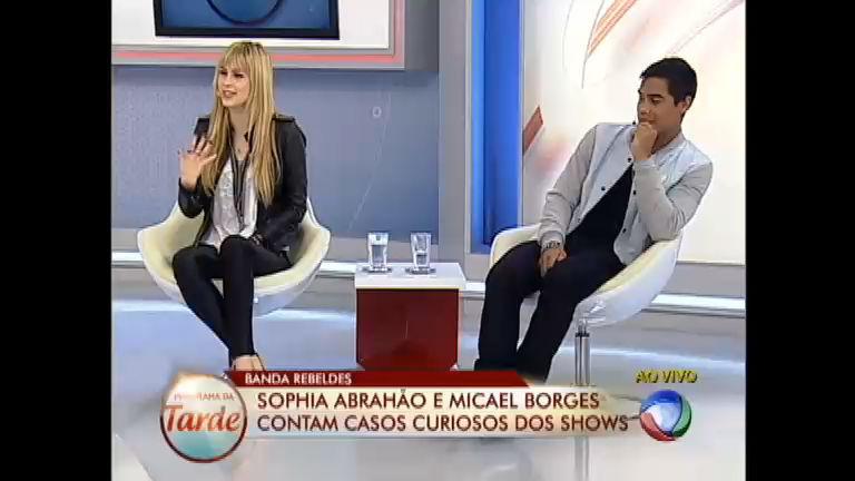 Sophia Abrahão revela que as mães das fãs adoram Micael Borges ...