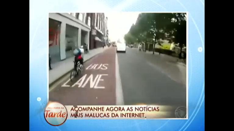 Se divirta com as Notícias Malucas da Internet - Entretenimento - R7 ...