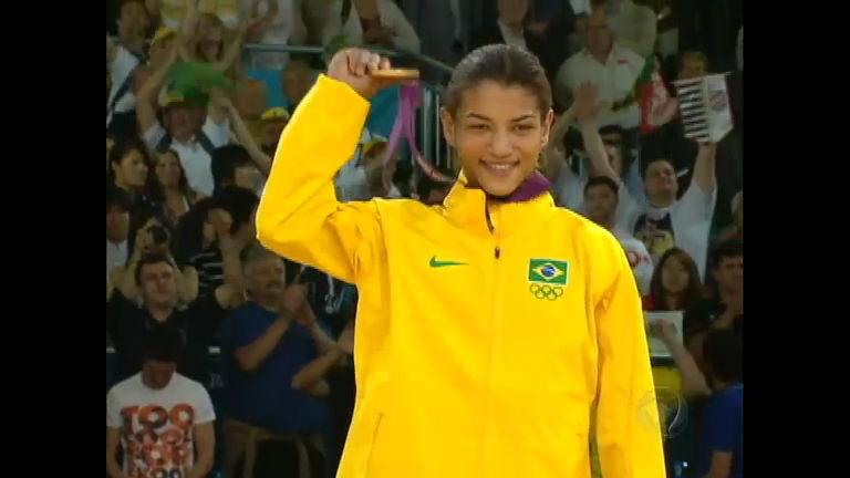 Reportagem sobre Sarah Menezes ganha prêmio do Comitê ...