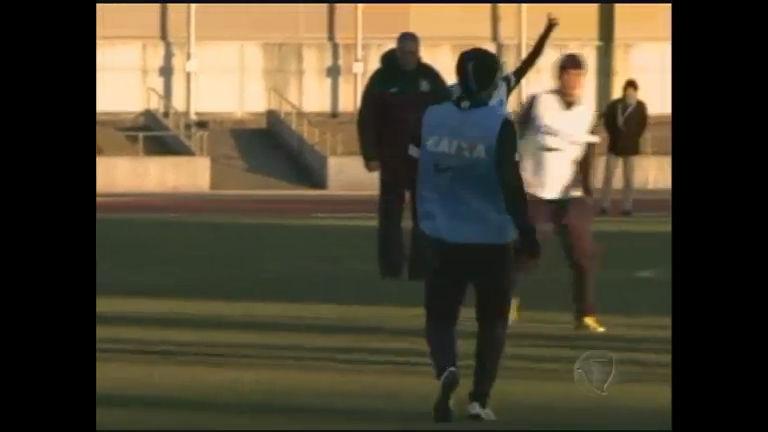 Timão enfrenta o frio do Japão durante os treinos - Notícias - R7 ...