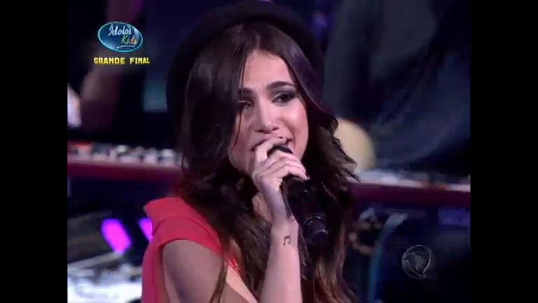 Manu Gavassi canta Garoto Errado na grande final do Ídolos Kids ...