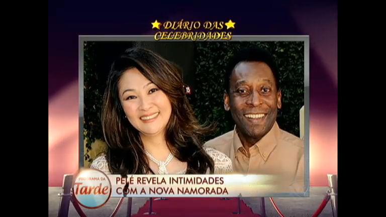 Diário das Celebridades: Pelé se diz apaixonado e conta intimidades