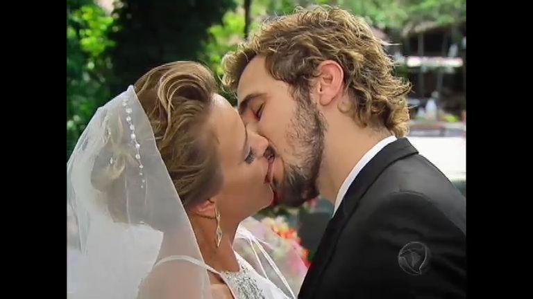 Isabel e Norberto se casam - Rede Record