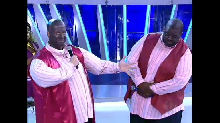 Dança Gatinho, Dança!: Rodrigo se transforma no pagodeiro Péricles