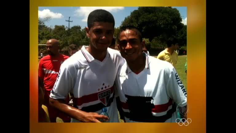 Deu O Que Falar: Jorge Henrique veste camisa do São Paulo e ...