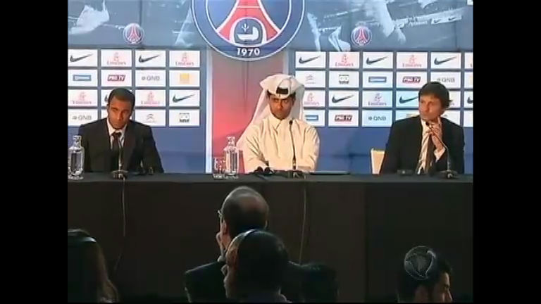 Lucas, ex-jogador do São Paulo, é apresentado no Paris Saint ...