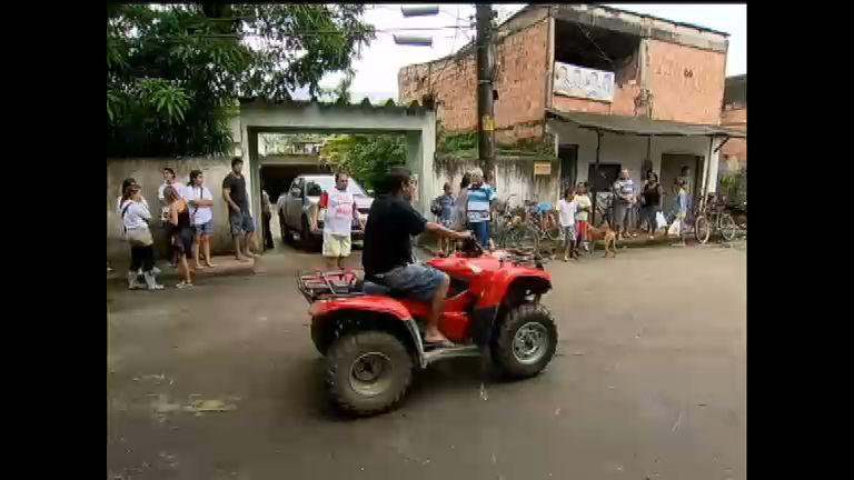Zeca Pagodinho antecipa volta dos EUA para ajudar moradores de ...