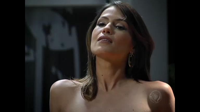 Fabiana aparece nua para Norberto