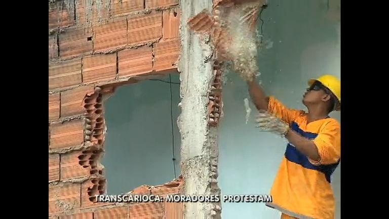 Transcarioca: moradores reclamam de indenizações pagas por casas
