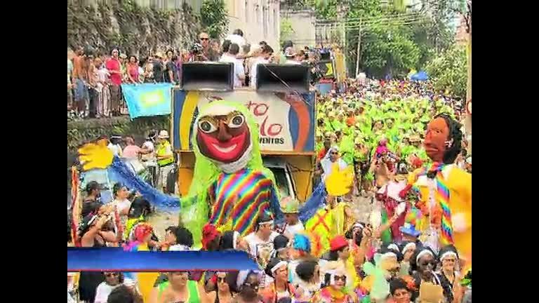 Bloco de Carnaval pede volta do bonde em Santa Teresa ( RJ) - Rio ...