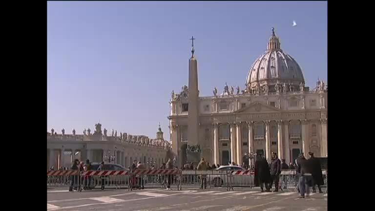 Vaticano vai antecipar a escolha do novo Papa - Notícias - R7 ...