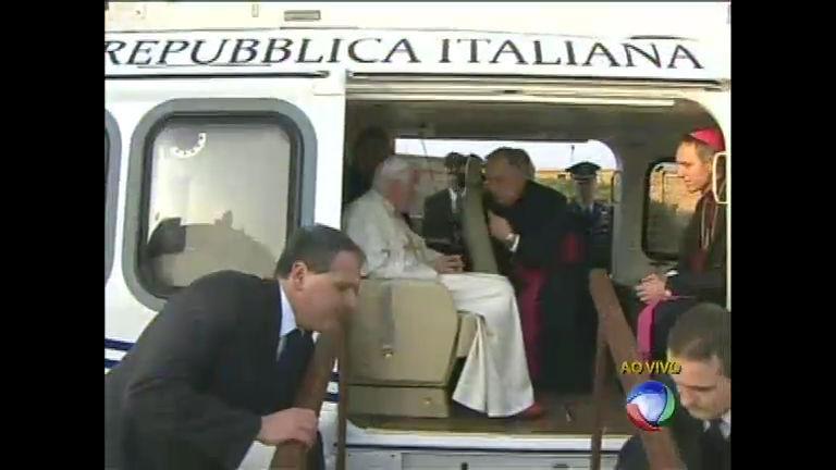 Papa Bento XVI deixa o Vaticano - Notícias - R7 Balanço Geral
