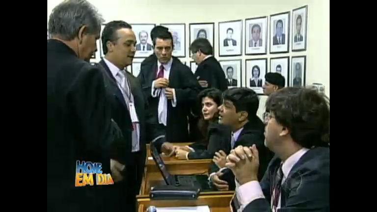 Primeiro julgamento do caso Bruno foi marcado por confusões ...