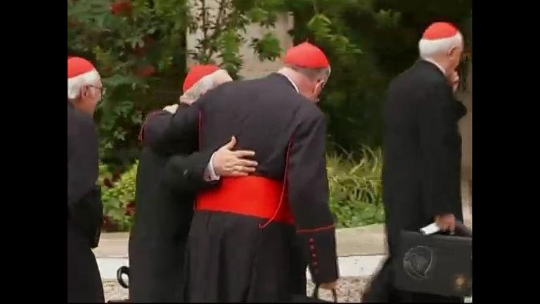 Cardeais com poder de votar no Conclave já chegaram ao Vaticano ...