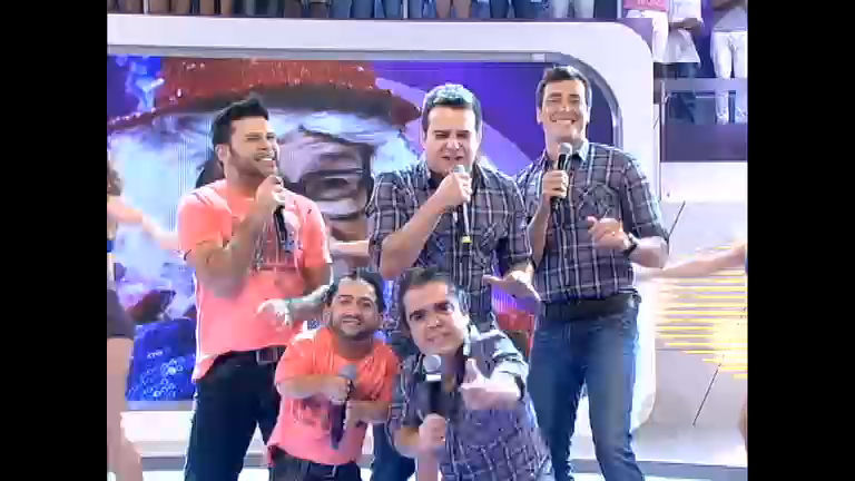 Rodrigo Faro recebe a dupla Marcos e Belutti no Dança Gatinho ...