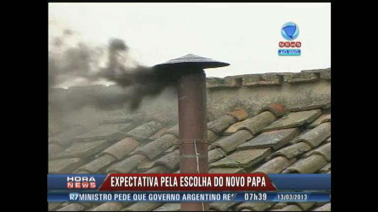 Conclave: fumaça preta anuncia que nenhum nome atingiu dois ...
