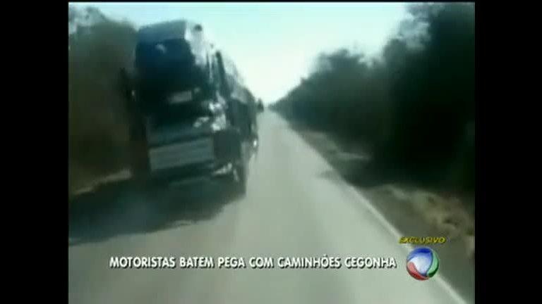 Motoristas disputam corrida com caminhões cegonha - Distrito ...