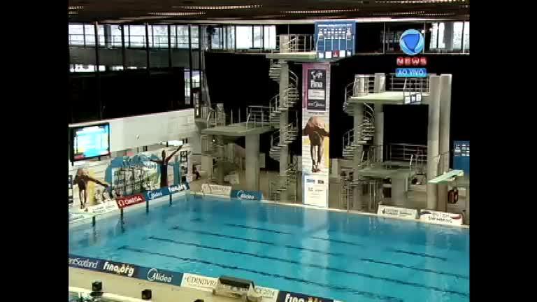 Veja a apresentação masculina dos finalistas nos saltos ornamentais