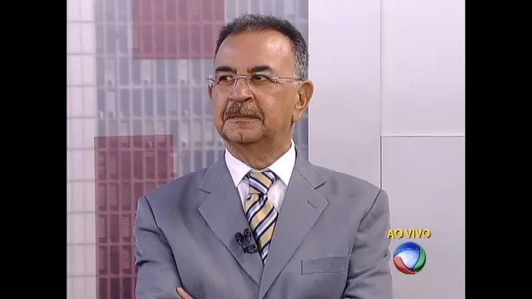 """Marcelo Rezende brinca com """" cabeleira"""" de Percival - Notícias - R7 ..."""