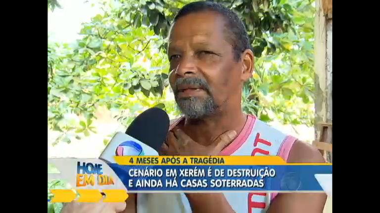 Após tragédia, moradores do bairro de Xerém no Rio tentam ...