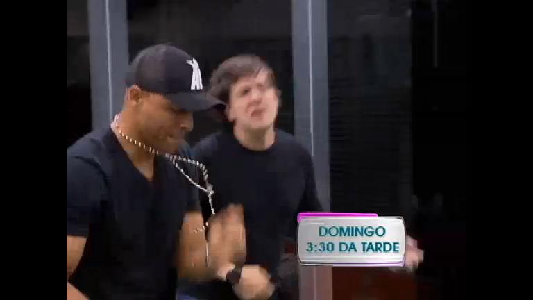 Dança, Gatinho vai homenagear Mamonas Assassinas - Record ...