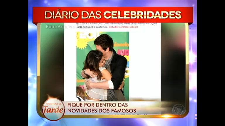 Selena Gomez presta homenagem à Cory Monteith, morto aos 31 ...