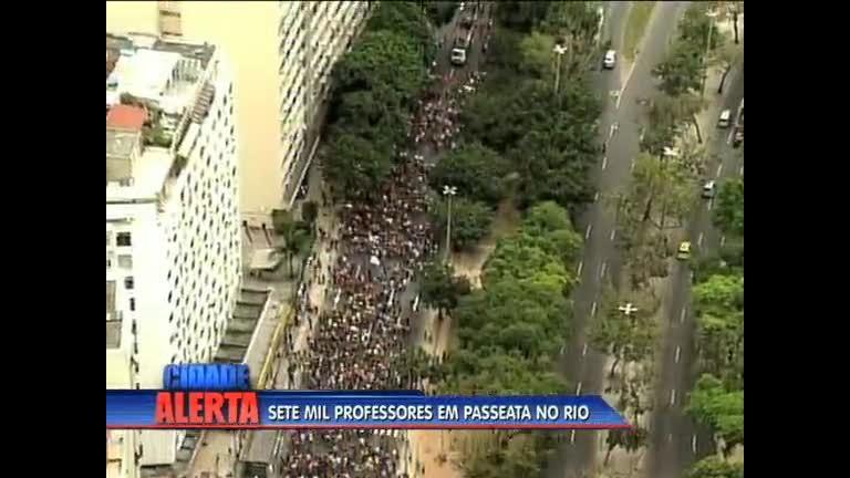 Professores realizam protesto em Botafogo ( RJ) - Rio de Janeiro ...