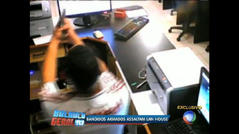Imagens mostram ação de bandidos em lan house no Andaraí (RJ ...