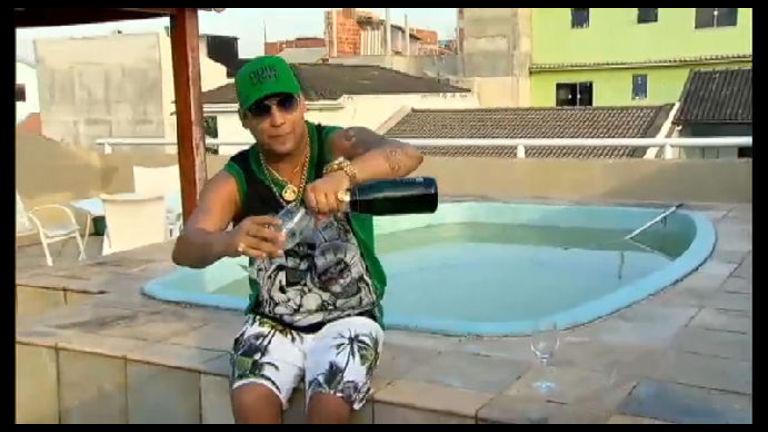 MC Frank e MC Ticão mostram como gastaram a grana vinda do ...
