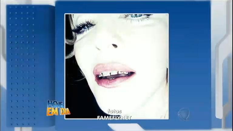 """Madonna diz que prótese dentária ajuda na """" pegação ..."""