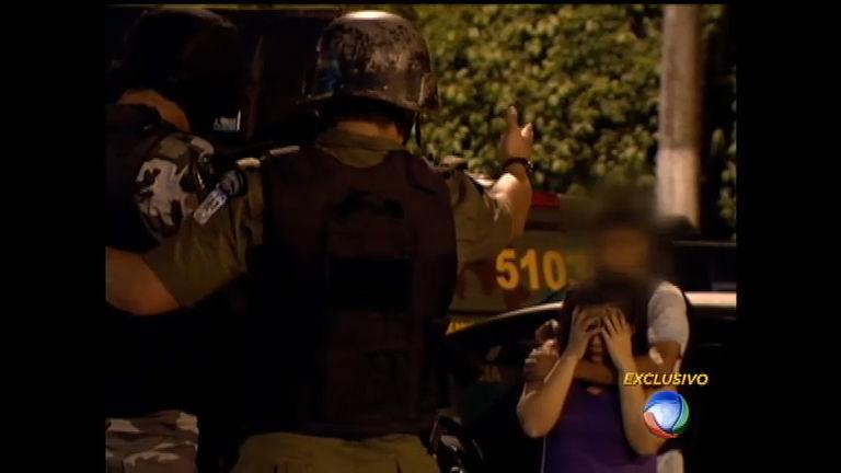 Momentos de tensão: mulher fica na mira de bandido em Belém (PA ...