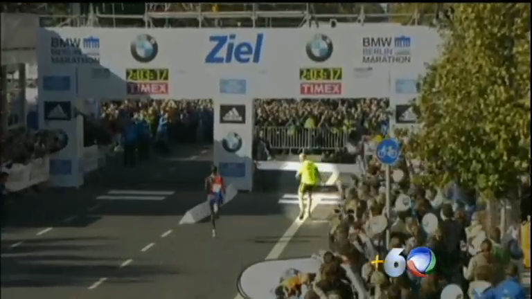"Intruso ""ultrapassa"" queniano na reta final da Maratona de Berlim ..."