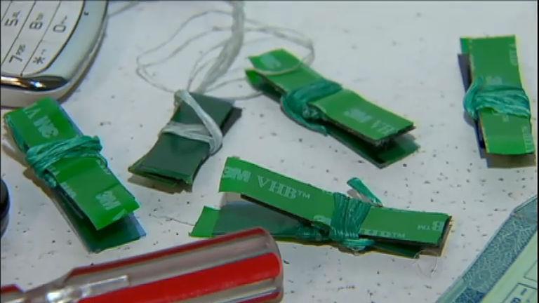 """Bandidos usam fio dental para """" pescar"""" dinheiro de caixas ..."""
