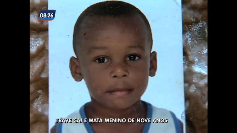Trave cai e mata menino de nove anos em Santa Cruz (RJ) - Rio de ...