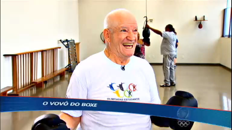 Idoso dá aula de vitalidade e disposição e se torna boxeador aos 77 ...