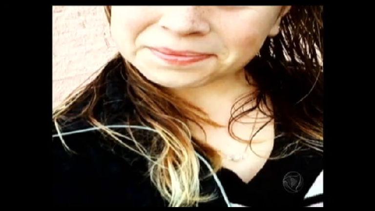 Garota se enforca após ter foto seminua divulgada em redes sociais ...