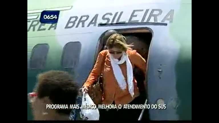 181 médicos cubanos desembarcam em Salvador - Bahia - R7 ...