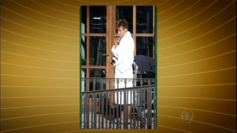 Fotos de falso Neymar fumando geram polêmica - Rede Record