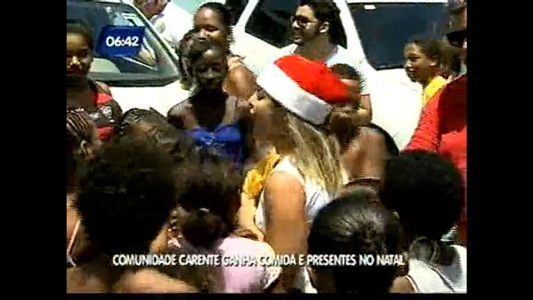 Comunidade carente ganha comida e presentes no natal - Bahia ...