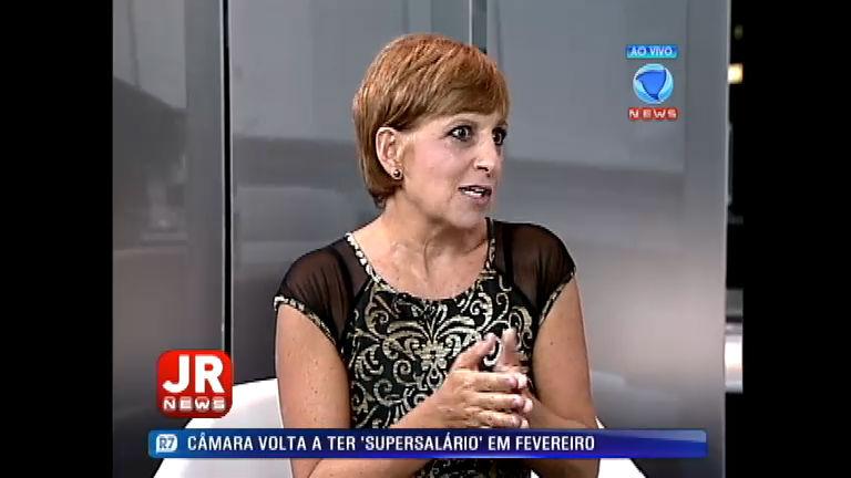 Rosana Hermann fala sobre venda do WhatsApp para o Facebook ...