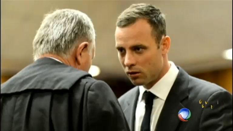 Começa o julgamento de Oscar Pistorius pelo assassinato na ...