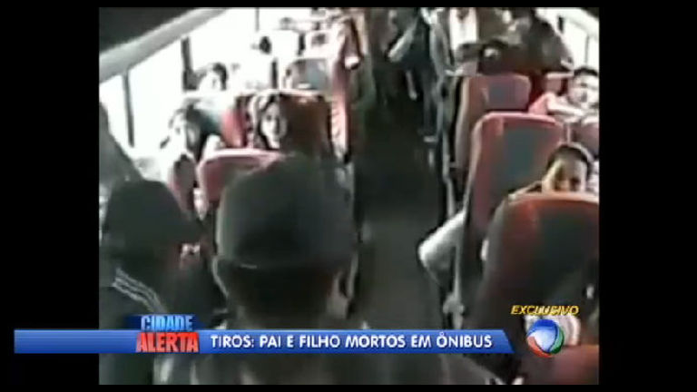 Imagens fortes: pai e filho são assassinados em ônibus - Notícias ...
