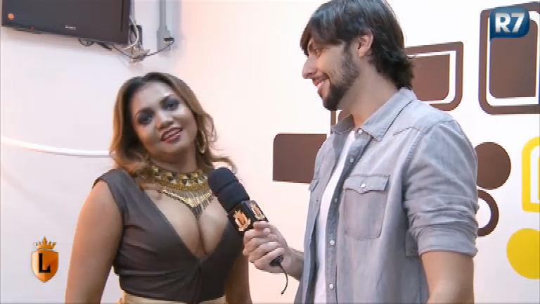 Gaby Amarantos revela o que gosta de ouvir no chuveiro ...