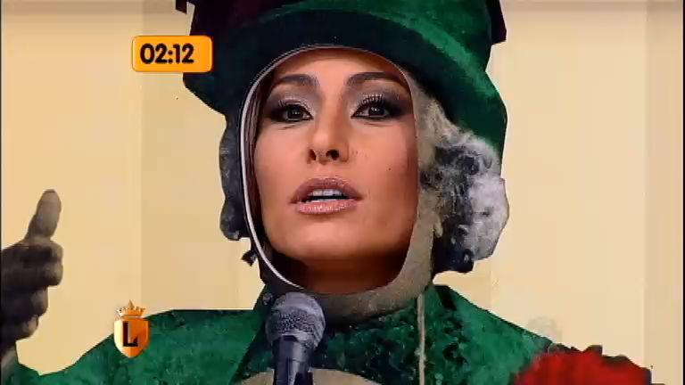 """""""Alô, alô, Terezinha"""": Sabrina vira Chacrinha no Tá Na Cara ..."""