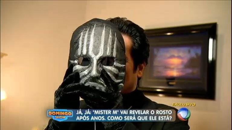 Mister M abre a mansão secreta onde vive e tira a máscara para o ...