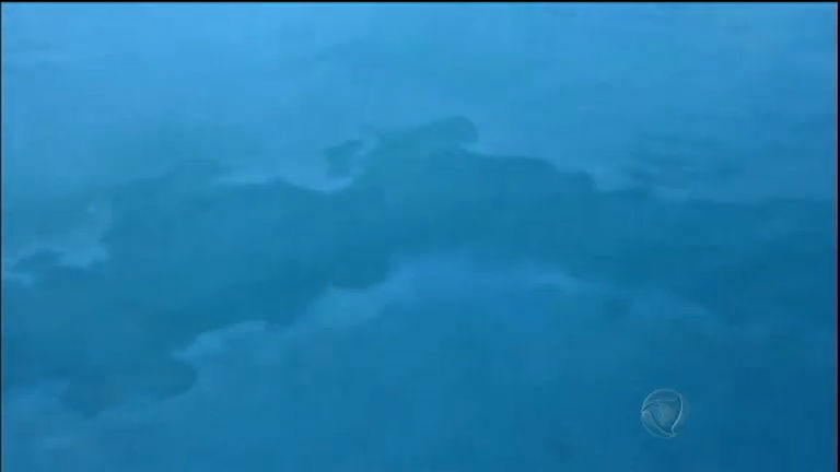Navio cargueiro afunda e onze tripulantes desaparecem na China ...